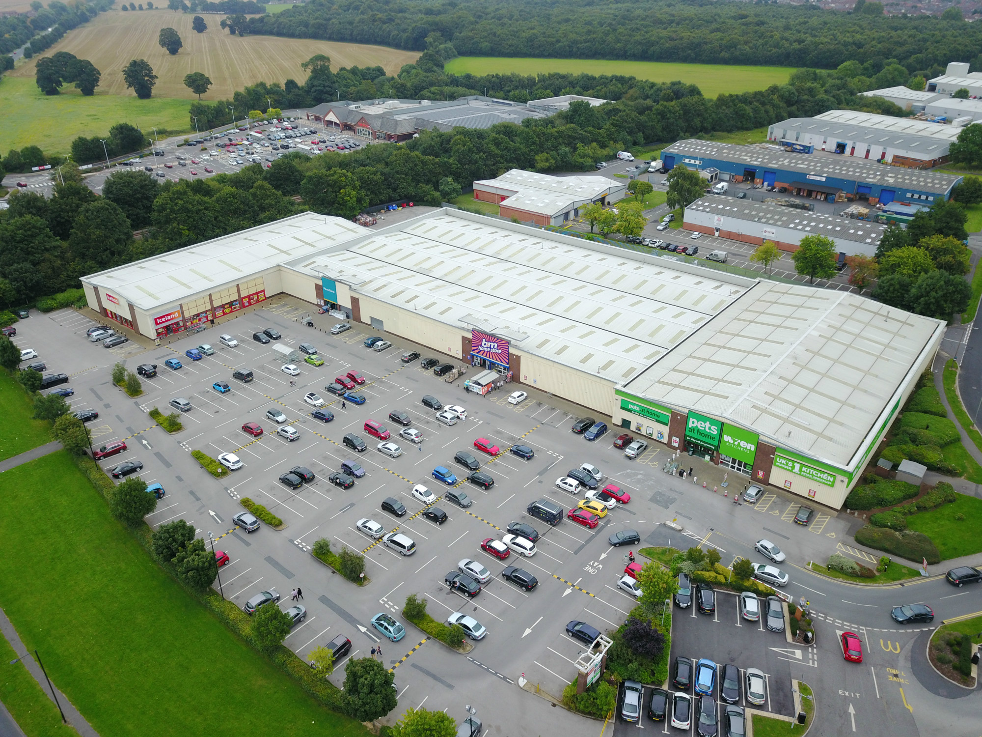 Thorne Road Retail Park, Doncaster, DN2 5DX, Iceland, B&M, Poundland, Netto, Pets at Home, Wren, Ogden Road